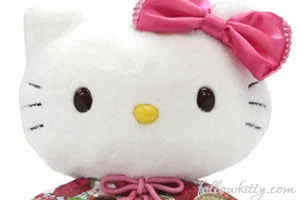 Crabtree Evelyn Xmas Scented Hello Kitty