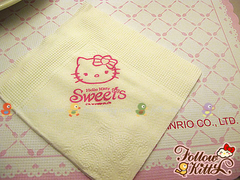 Cute Hello Kitty Napkin in Hello Kitty Café (Hello Kitty Sweets Café)