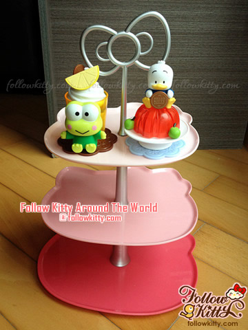 Display of My Hello Kitty Sweet Delight Figurines on the Exclusive Dessert Tray