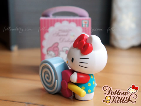 7-11 Hello Kitty Sweet Delight Candy Set - Hello Kitty and Lollipop