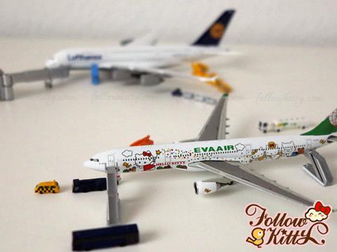 """長榮航空空中巴士A330-300""""Hello Kitty魔法機"""""""