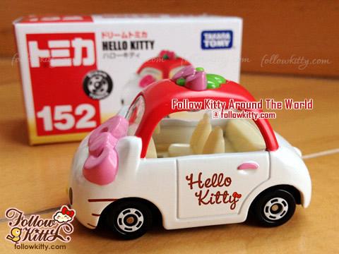 Dream Tomica Hello Kitty Car Model (No.152) (Japan TAKARA TOMY)