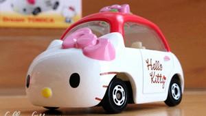 TOMICA Hello Kitty Dream Car Small