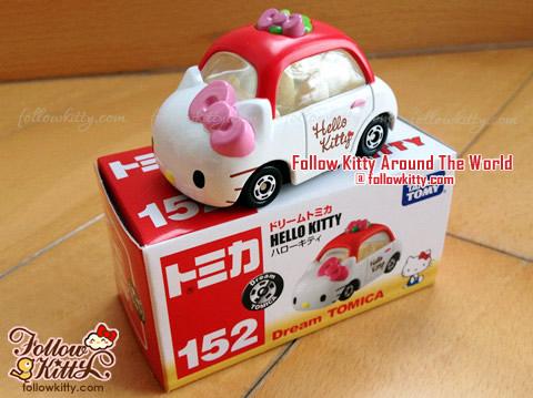 Dream Tomica Hello Kitty Car Model (No.152) and Box (Japan TAKARA TOMY)