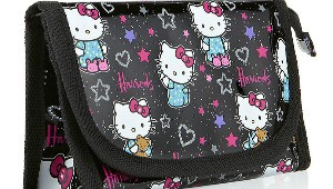Harrods-Hello-Kitty-Loves-Teddy-Small
