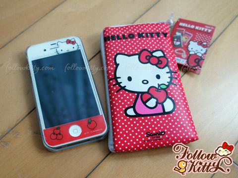 Hello Kitty Maga Zip Purse & Candy Bracelet - Cellphone Pouch