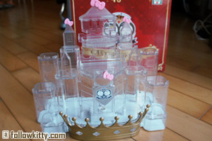 7-11 Hello Kitty Hello Party Collection Castle Stand Small