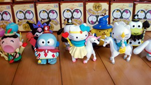 7-11 Hello Kitty Hello Party Collection Phase Two Small