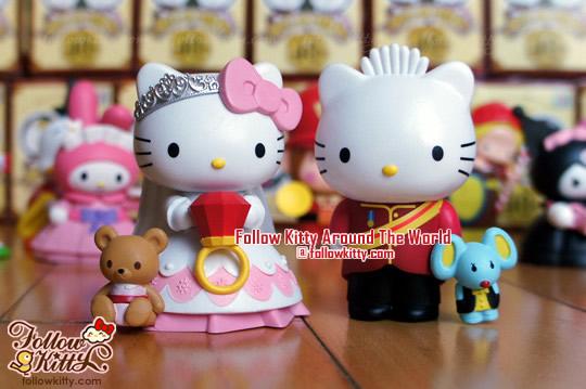 Hello Kitty和Dear Daniel情侶照