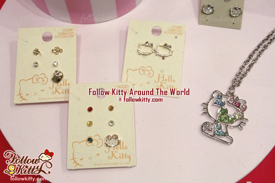 Ans x Hello Kitty Earrings and Necklace