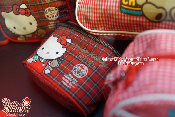 Windsor House Hello Kitty 40th Anniversary Exhibition - Cosmetics Pouch