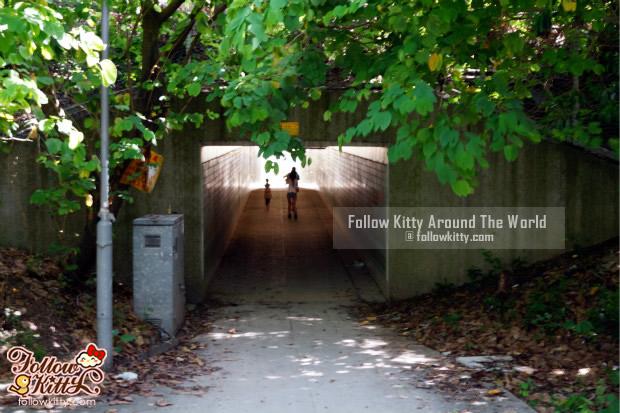 小小地下通道
