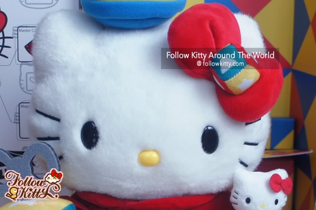 Hello Kitty Plush Details
